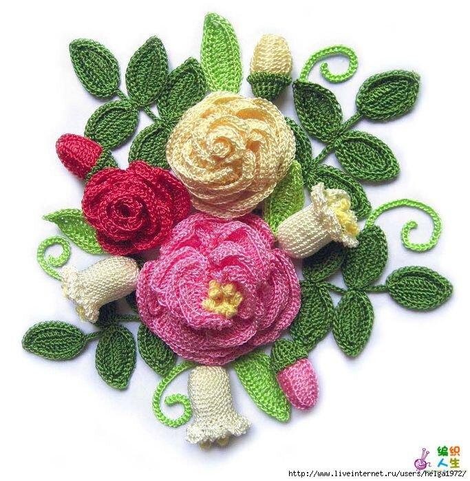 Вязаные крючком цветы в вазе | Две